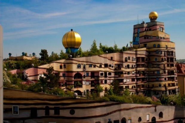 forest-spiral-hundertwasser-building-germany
