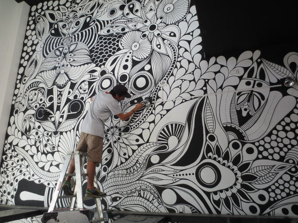 the-idea-of-the-original-paint-on-the-walls-4